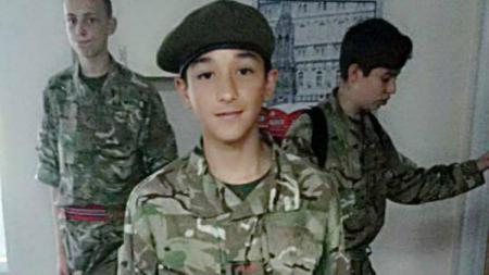 Jack Brown Saat Mengikuti Wajib Militer di Inggris - INDOSPORT
