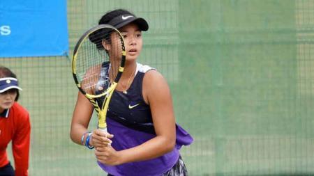 Alexandra Eala, petenis muda Filipina yang jadi pasangan Priska Madelyn Nugroho di Australia Terbuka 2020. - INDOSPORT