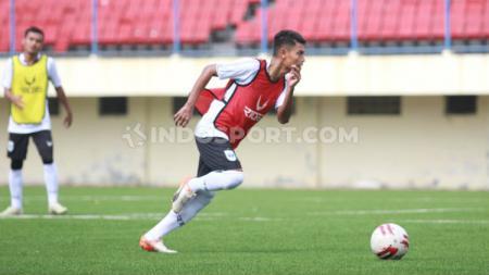 Fandi Eko Utomo, pemain PSIS Semarang dalam sesi latihan jelang Liga 1 2020. - INDOSPORT