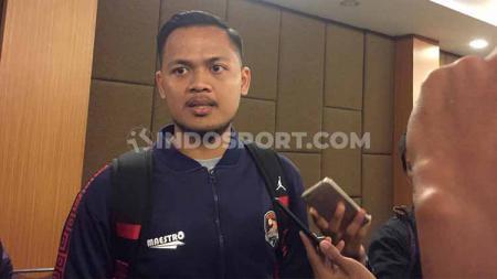 Pelatih kiper MAS Young Rior, Muhammad Gilang Fajari, menjadi tuan rumah pekan keempat yang digelar di GOR Sudiang, Makassar, 1-2 Februari. - INDOSPORT