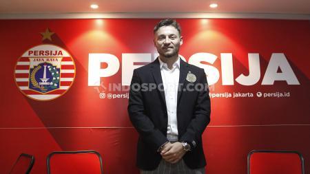 Perkenalan secara resmi, Marc Anthony Klok sebagai pemain Persija Jakarta. - INDOSPORT