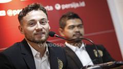 Indosport - Gelandang asing klub Liga 1 2020 Persija Jakarta Marc Klok akhirnya buka suara terkait isu tentang kepindahannya ke klub Liga Belanda, FC Utrecht.
