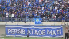 Indosport - Arema FC menyambut secara positif atas rencana kehadiran Bobotoh, suporter Persib Bandung dalam super big match pekan ke-2 Liga 1 2020.