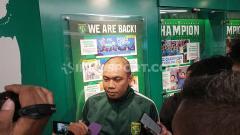 Indosport - Manajer klub Liga 1 Persebaya Surabaya, Candra Wahyudi.