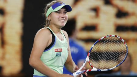 Sofia Kenin mengalahkan Garbine Muguruza dengan skor 4-6, 6-2, 6-2 di final Australia Terbuka 2020.