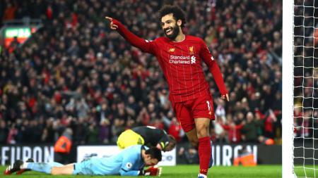 Striker Liverpool, Mohamed Salah merayakan gol keduanya ke gawang Southampton - INDOSPORT