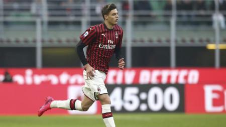 Daniel Maldini akhirnya menjalani laga debut dalam pertandingan Serie A Italia giornata ke-22 antara AC Milan vs Verona, Minggu (02/02/20). - INDOSPORT