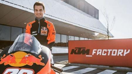 Dani Pedrosa yang kini jadi pembalap penguji tim KTM buka peluang kembali ke lintasan MotoGP. - INDOSPORT