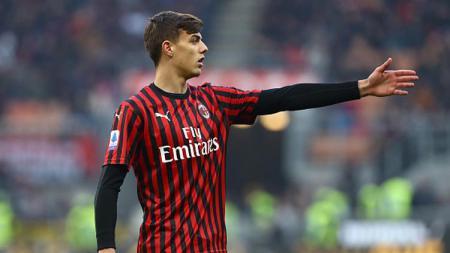 AC Milan disebut akan belanja besar-besaran di bursa transfer, tapi ada 5 pemain muda mereka yang layak naik ke skuat utama musim depan termasuk Daniel Maldini. - INDOSPORT