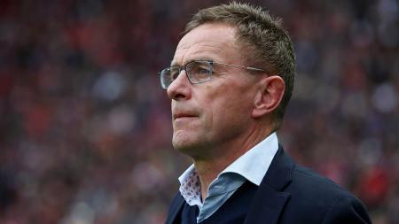 Mantan pelatih sepak bola Red Bull Leipzig, Ralf Rangnick, kabarnya siap memperjuangkan mimpinya untuk bergabung dengan raksasa Liga Inggris, Manchester United. - INDOSPORT