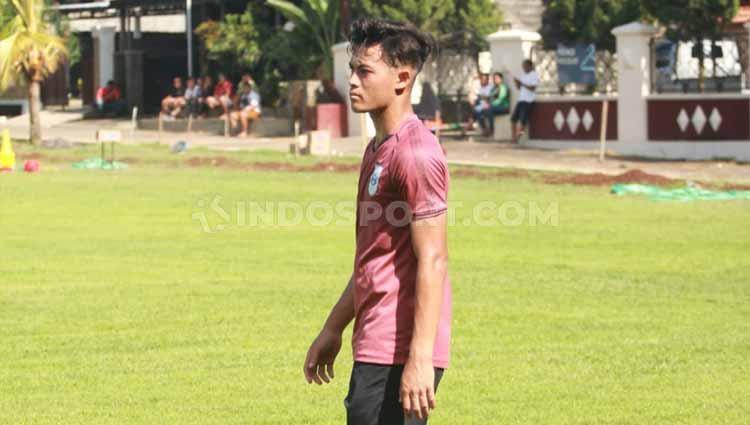 Alfeandra Dewangga kembali berlatih bersama PSIS usai mengikuti TC Timnas U-19 di Thailand. Copyright: Alvin Syaptia Pratama/INDOSPORT
