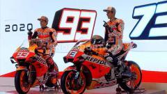 Indosport - Duo pembalap Repsol honda Marc Marquez dan Alex Marquez memberikan wejangan untuk pebalap muda Indonesia mengejar mimpi menjadi juara dunia.