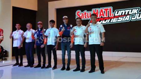 Honda Indonesia bersama pembalap Marc Marquez dan Alex Marquez. - INDOSPORT