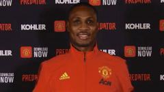 Indosport - Odion Ighalo resmi diperkenalkan oleh Manchester United.