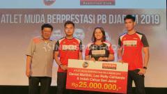 Indosport - Kisah unik 'Huang Yaqiong' Indonesia, Indah Cahya Sari Jamil usai menang Kejuaraan Dunia Junior 2018 lalu bersama Leo Rolly Carnando.