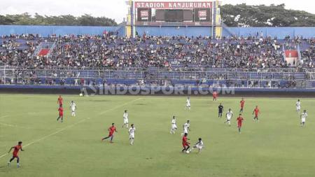 Pihak panitia pelaksana (panpel) pertandingan PSIS Semarang akan memberi kuota bagi kelompok suporter pendukung Arema FC yakni Aremania. - INDOSPORT