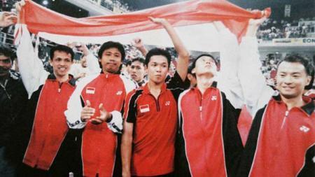 Agus Dwi Santoso, (kedua dari kiri) saat masih aktif bermain bulutangkis. - INDOSPORT