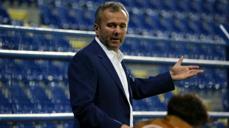Legenda AC Milan, Dejan Savicevic mengaku terkejut dengan perbedaan antara Zlatan Ibrahimovic yang bisa mengembalikan performa tim dengan Suso yang gagal. - INDOSPORT
