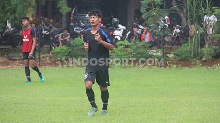 Arhan saat mengikuti latihan rutin PSIS Semarang di Lapangan Telo, Banyumanik, Sabtu (8/2/20) pagi. - INDOSPORT