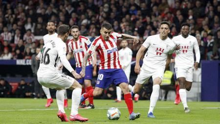 Atletico Madrid bisa saja memberi luka mendalam ke Liverpool pada babak 16 besar Liga Champions bila melihat statistik yang dimiliki kedua tim - INDOSPORT