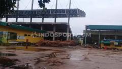 Indosport - Kondisi terkini Stadion 17 Mei Banjarmasin yang selesai renovasi tahap pertama, tahap kedua akan dimulai beberapa bulan ke depan.