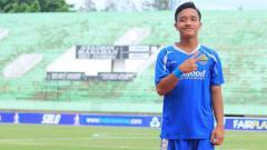 Indosport - Khianati Manchester United, wonderkid jebolan Persib Bandung ini lebih pilih menggunakan Juventus dalam game Pro Evolution Soccer (PES).