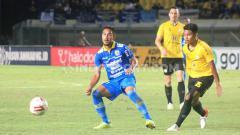 Indosport - Gelandang tim Persib Bandung, Omid Nazari, mengaku sedih mendengar kabar tim asal Filipina, Ceres Negros FC mengalami masalah finansial akibat pandemi corona atau covid-19.