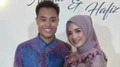 Indosport - Pebulutangkis ganda campuran Hafiz Faizal bertunangan dengan Edot Arisna.