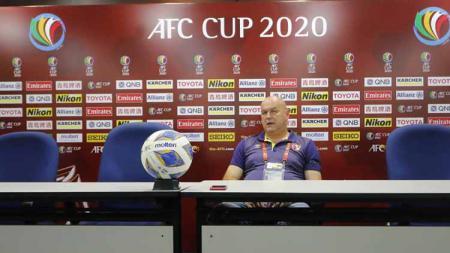 Pelatih PSM Makassar, Bojan Hodak, saat menghadiri konferensi pers usai laga Piala AFC 2020. - INDOSPORT