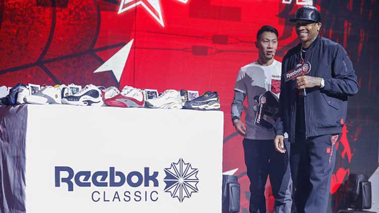 Allen Iverson kerap mendapat undangan kala Reebok mengeluarkan sepatu baru Copyright: VCG/GettyImages