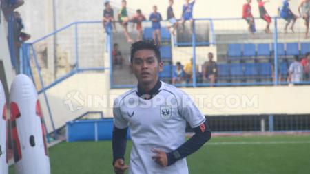 Bulan Juni kali ini nampaknya menjadi bulan yang penuh kebahagiaan bagi pemain muda milik klub Liga 1 PSIS Semarang, Septian David Maulana. - INDOSPORT