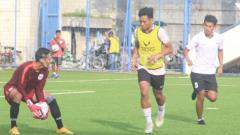Indosport - Dragan Djukanovic selaku pelatih kepala PSIS Semarang cukup antusias dalam menyambut laga uji coba antara timnya melawan PSIS U-20 jelang Liga 1 2020.
