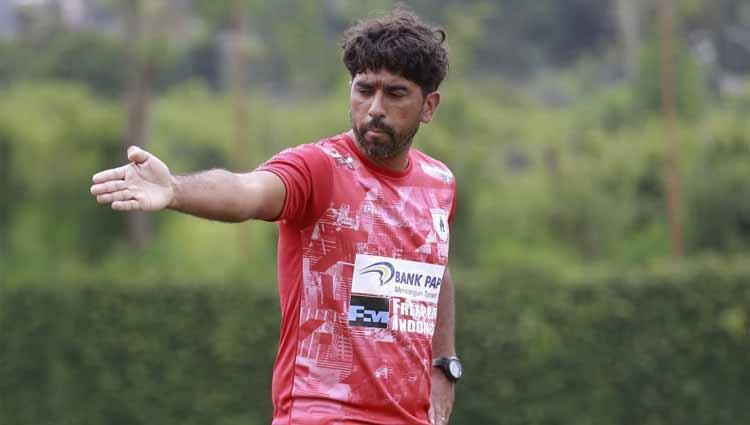 Pelatih Kiper Persipura, Gerson Rios. Copyright: Istimewa