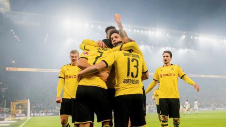 Berikut empat tim terbaik sepanjang sejarah Bundesliga Jerman. - INDOSPORT