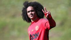 Indosport - Pemain muda Manchester United, Tahith Chong, dikabarkan tinggal selangkah lagi untuk merapat ke Inter Milan dan bukan ke AC Milan di bursa transfer musim panas.