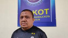 Indosport - Ketua Askot PSSI Medan, Iswanda Ramli.