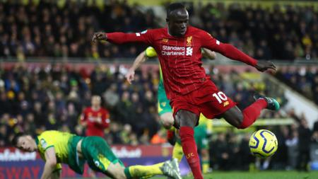 Sadio Mane saat mencetak gol di pekan ke-26 Liga Inggris Norwich City vs Liverpool, Minggu (16/02/20). - INDOSPORT