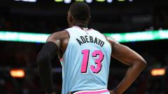 Indosport - Kemenangan dramatis terjadi di lanjutan NBA, Senin (19/04/21) ketika buzzer beater dari Bam Adebayo sukses membawa Miami Heat mengalahkan Brooklyn Nets.