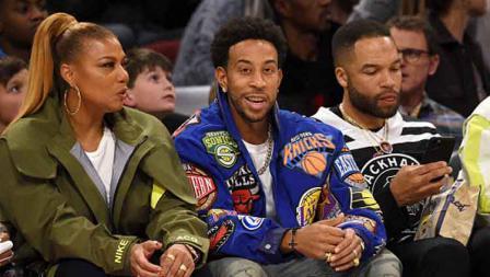 Pemeran film Fast and Furious, Ludacris (tengah) juga hadir meramaikan di Kontes NBA All Star 2020.