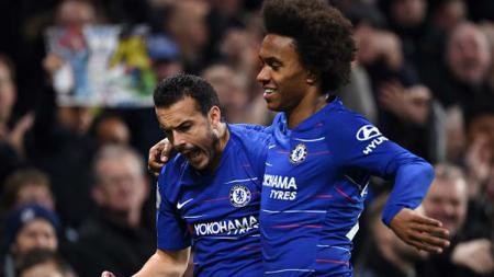Bintang Chelsea, Willian, mengaku masih ingin bertahan di Inggris dan bergabung dengan Arsenal atau Tottenham Hotspur jika kontraknya habis - INDOSPORT