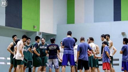 Para penggawa tim IBL 2020, Pelita Jaya Bakrie Jakarta saat ingin menggelar latihan. - INDOSPORT