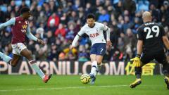 Indosport - Aksi Son Heung-min di pertandingan pekan ke-26 Liga Inggris Aston Villa vs Tottenham Hostpur, Minggu (16/02/20).