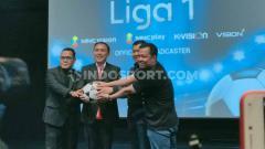 Indosport - Asisten pelatih Timnas Indonesia, Indra Sjafri, dikabarkan mundur dari staf kepelatihan di bawah pimpinan Shin Tae-Yong. Begini klarifikasi Wakil Ketua Umum PSSI, Cucu Soemantri.