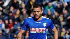 Indosport - Sedikitnya ada 3 pemain belakang asing yang bisa digaet Persik Kediri jelang bergulirnya Liga 1 2020, termasuk Nemanja Vidic.