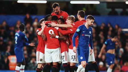 Demi bisa menghancurkan dominasi Liverpool dan Manchester City di Liga Inggris, Manchester United perlu lakukan 'pengorbanan' dengan mendatangkan tiga bintang baru. - INDOSPORT