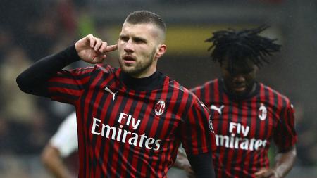 Ante Rebic menjelma menjadi senjata rahasia AC Milan berkat gol-gol dan penampilan impresifnya di semua kompetisi yang diikuti I Rossoneri. - INDOSPORT
