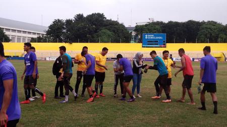 Sriwijaya FC menjalani latihan menjelang kick-off Liga 2 2020. - INDOSPORT