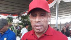 Indosport - Ketua Umum klub Liga 1, Persipura Jayapura, Benhur Tomi Mano.