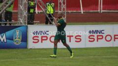 Indosport - Penyerang Persebaya David da Silva mengancam posisi bomber Persija Marko Simic di daftar Top Skor Piala Gubernur Jatim 2020.