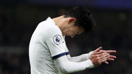Klub Liga Inggris, Tottenham Hotspur, diterpa isu tak sedap karena akan ditinggalkan mesin gol bernama Harry kane, yang sepertinya akan diikuti Son Heung-min. - INDOSPORT